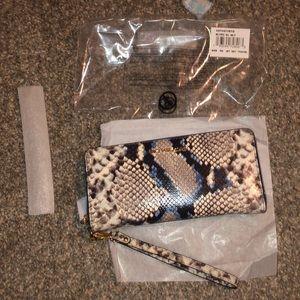 Michael Kors wallet with wristlet